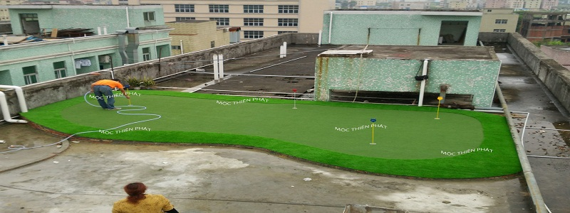 hoan thien putting green